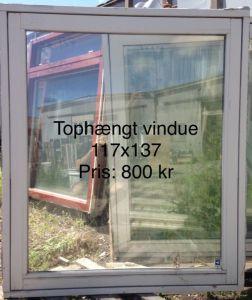 tophængt vindue 117 x 137 OF033