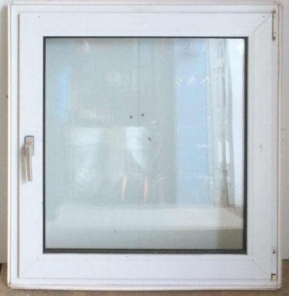 Plast dej/kip vindue - OF196 - mål 106 x 106