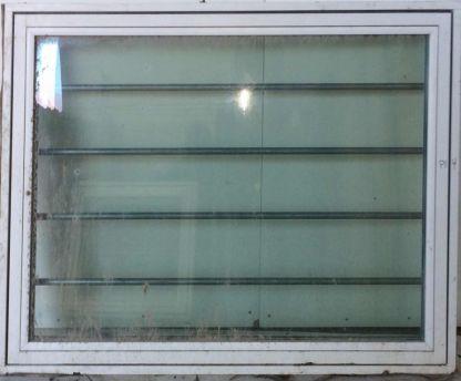 Tophængt vindue b: 140 x h: 109 OF24