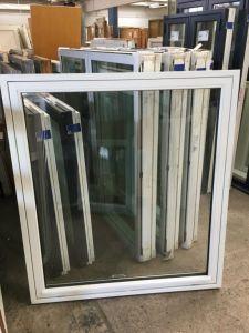 Tophængt vindue b: 126,5 x h: 140,5 OV0228/OF30
